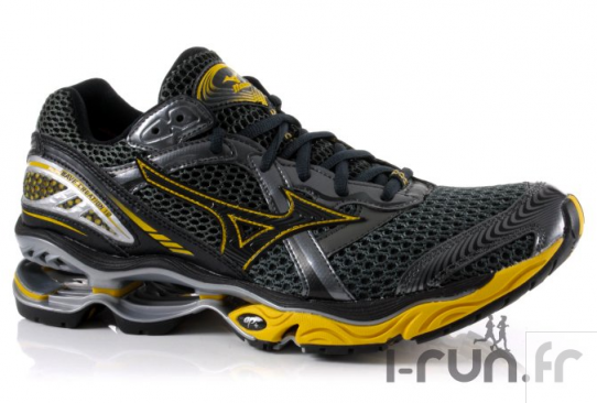 Mizuno Wave Creation 12