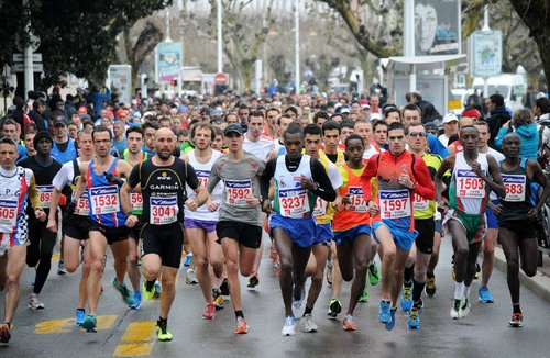 how to run 10km in 60 minutes