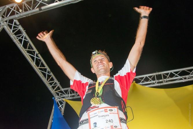 François D'Haene vainqueur Grand Raid de la Réunion 2013 crédit JP VIDOT