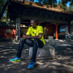 Usain Bolt relaxes outside Temple of Confucius ahead of World Championships in Beijing_2