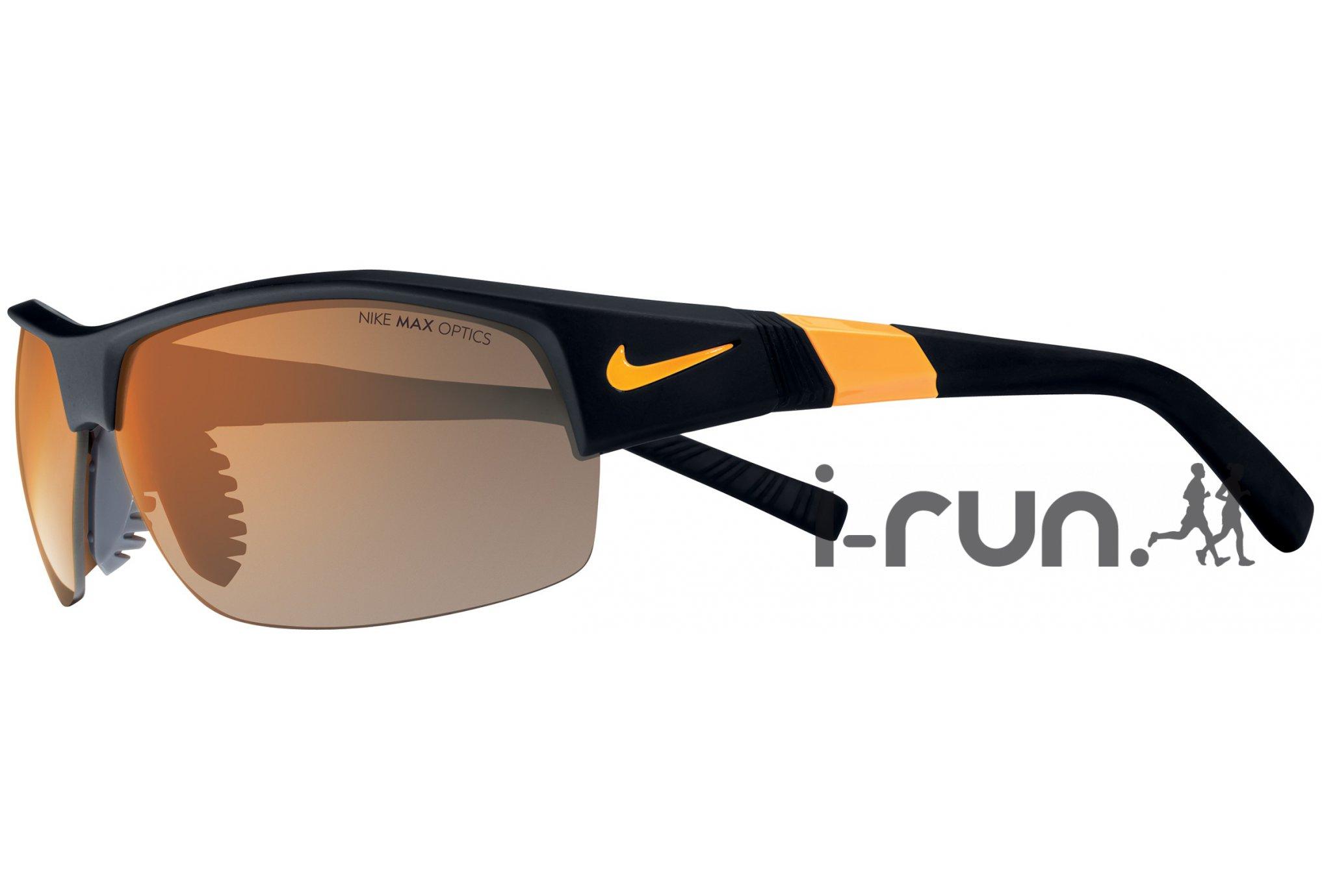 Test Lunettes de soleil Nike Show X2 – U