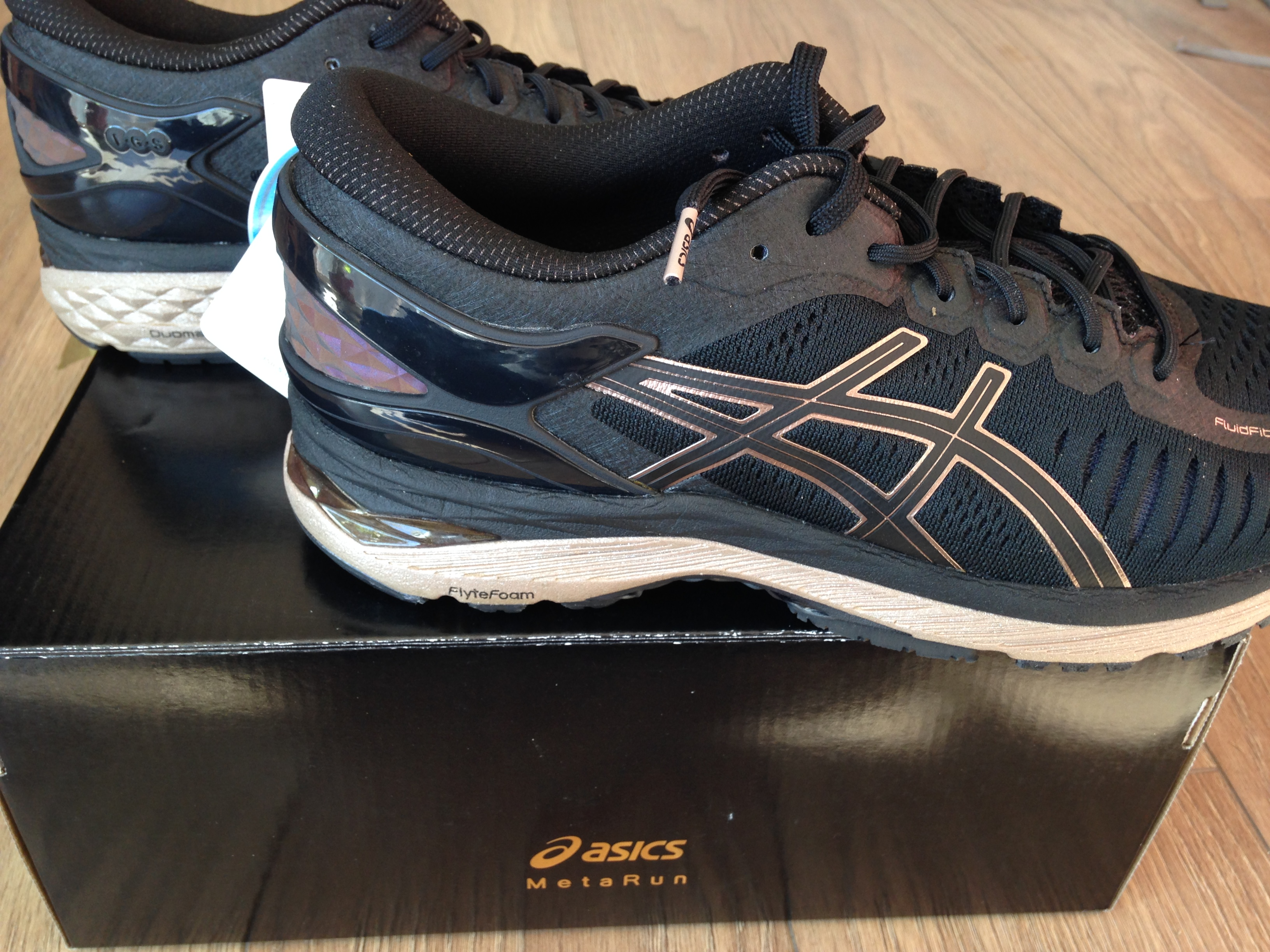 basket asics metarun