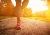 foulée course à pied (http://today.wecook.fr/10-aliments-indispensables-les-coureurs/)