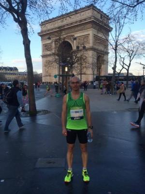 Sébastien Larue au départ du marathon de Paris