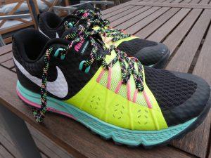 blue nike sneakers with neon green heels black