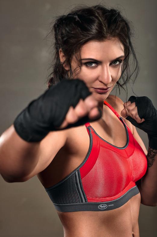 Le soutien-gorge de sport à fort maintien   le Momentum Pro d Anita.  Spécialiste des sous vêtements ... 6988eb0ba35