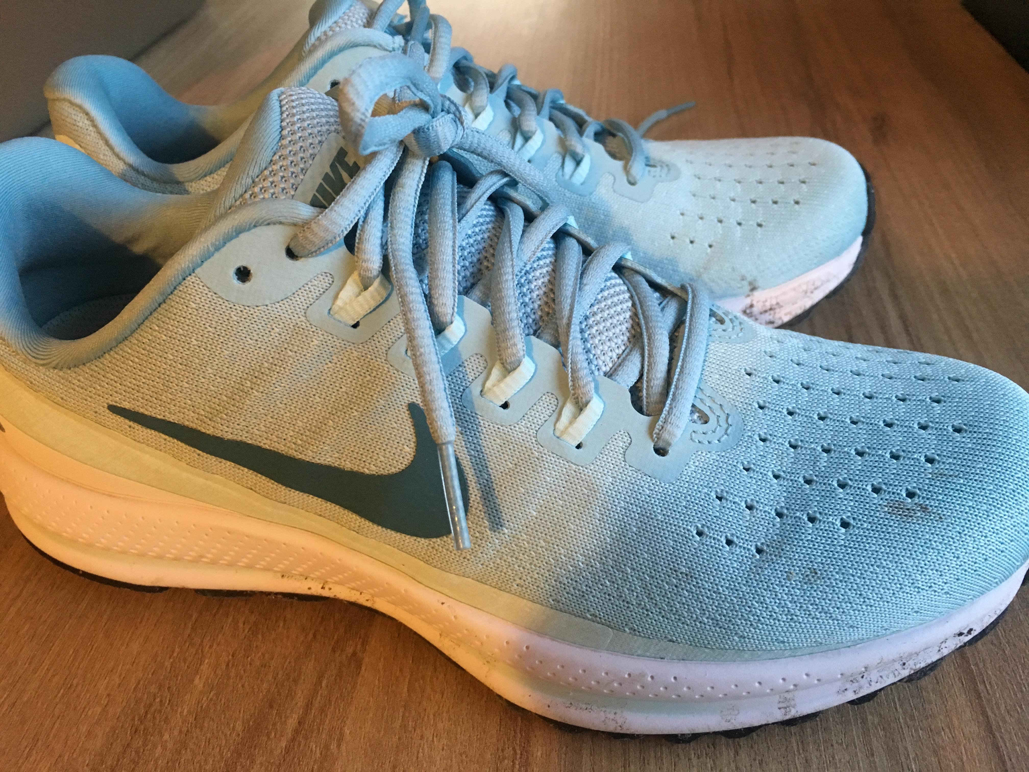 best service fe404 1e1eb Avec un premier modèle sorti en 2006, la Nike Zoom VOMERO ne cesse de se  perfectionner pour répondre aux attentes des pratiquants, qu ils soient  coureurs ...