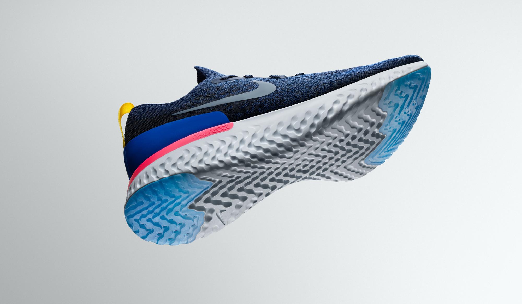 RunningLa Sa De Nike Chaussure React Epic Présente Nouvelle YyvI6fb7g