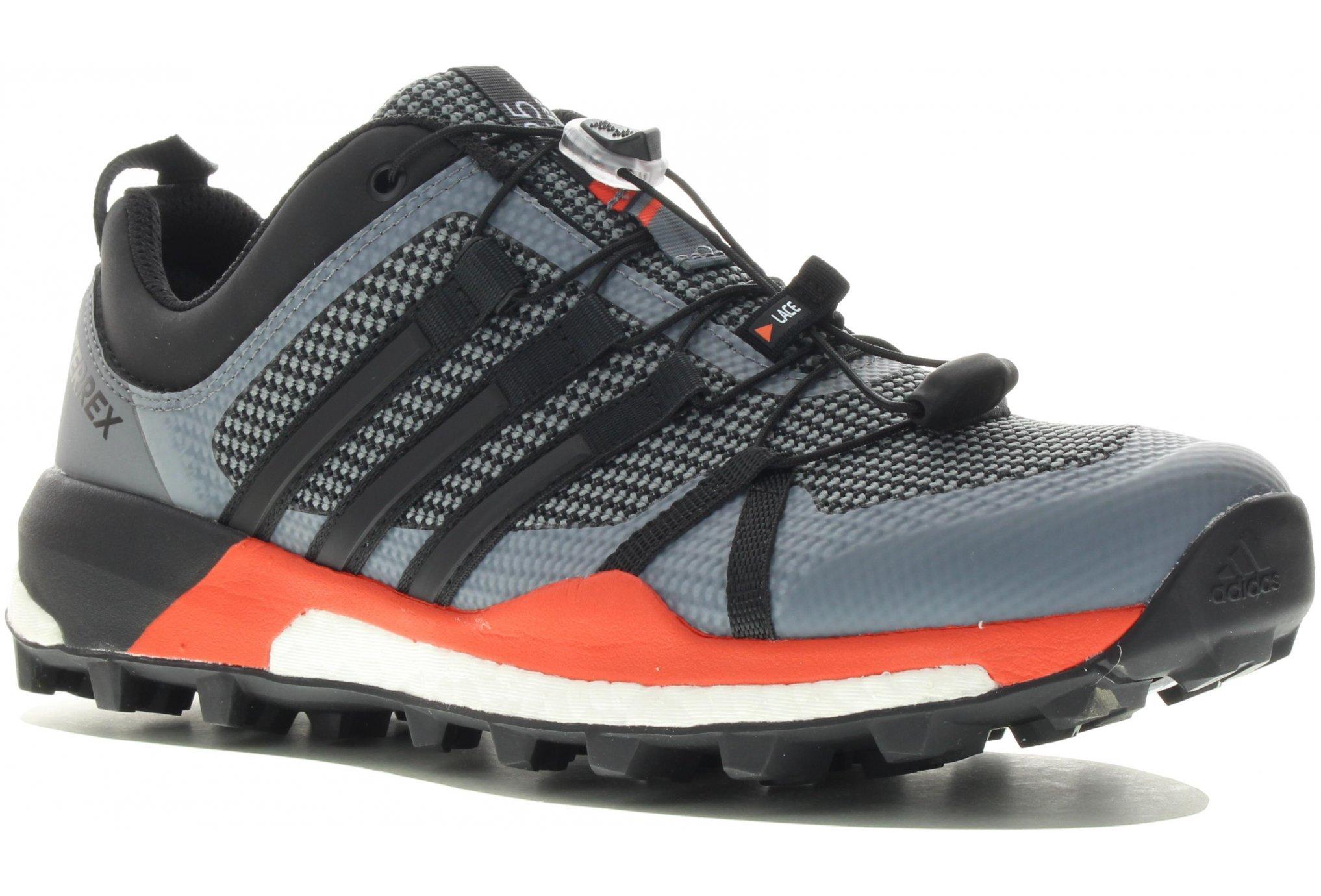 Sortie élégante chaussure adidas doigt de pied 'Patch' Noir