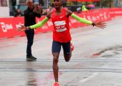 Marathon : Mo Farah remporte Chicago et établit un nouveau record d'Europe !