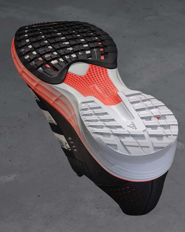 La chaussure de running adidas SL 20 : polyvalente et