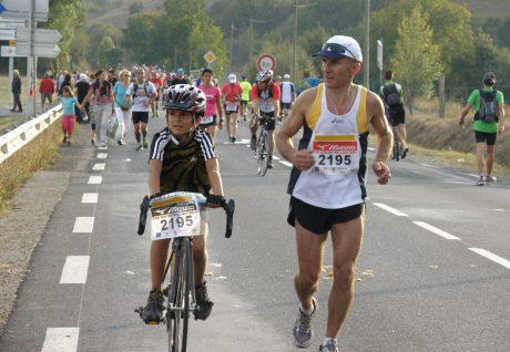 Clément DELBES avec son papa au 100km de Millau